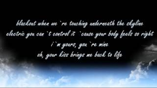 Alexandra Stan - Give Me Your Everything Lyrics On Screen(Silent Version For Check Your Voice)