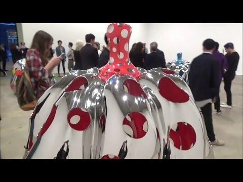 DAVID ZWIRNER GALLERY - Yayoi Kusama