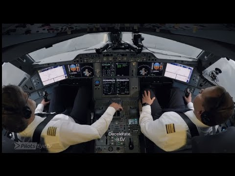 Airbus A350 - Full Approach And Landing In Boston (ENG Subtitles)