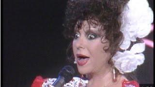 Marujita Díaz canta