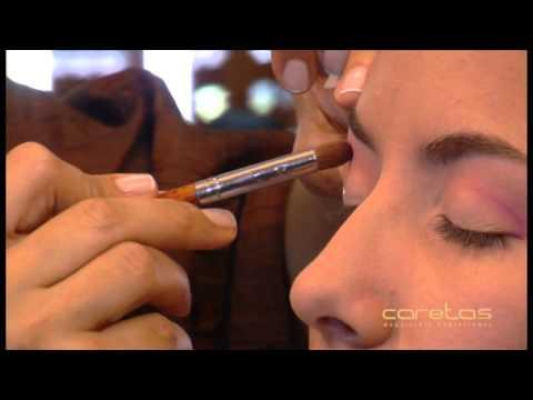 636903359 Apréndete a maquillar con caretas. Caretas Maquillaje Profesional