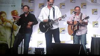 Live performance of Psych theme song during SD Comic-Con 2011
