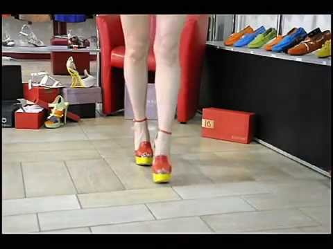 Босоножки на танкетке .Коллекция обуви лето 2014из YouTube · С высокой четкостью · Длительность: 18 с  · Просмотров: 267 · отправлено: 28.05.2014 · кем отправлено: grado shoes