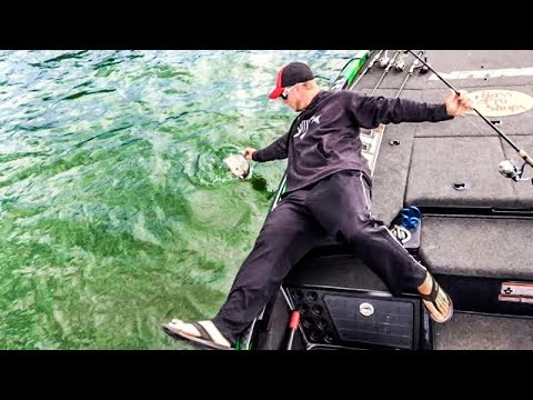 Bass Fishing Great Lakes - How To Fish Big Water - Vandam