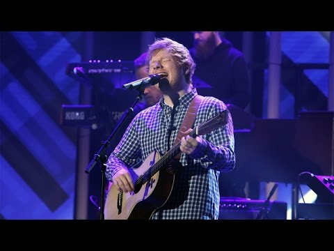 Ed Sheeran Performs Castle on the Hill!