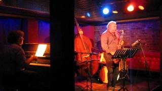 Martin Sasse Trio feat. Tony Lakatos - Black Nile