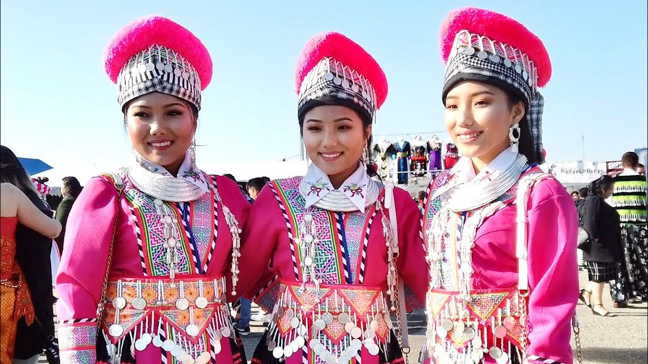 Beautiful Girls at Fresno Hmong New Year 2020 - YouTube