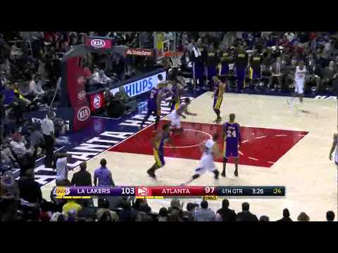 Jeff Teague dunks all over Lakers