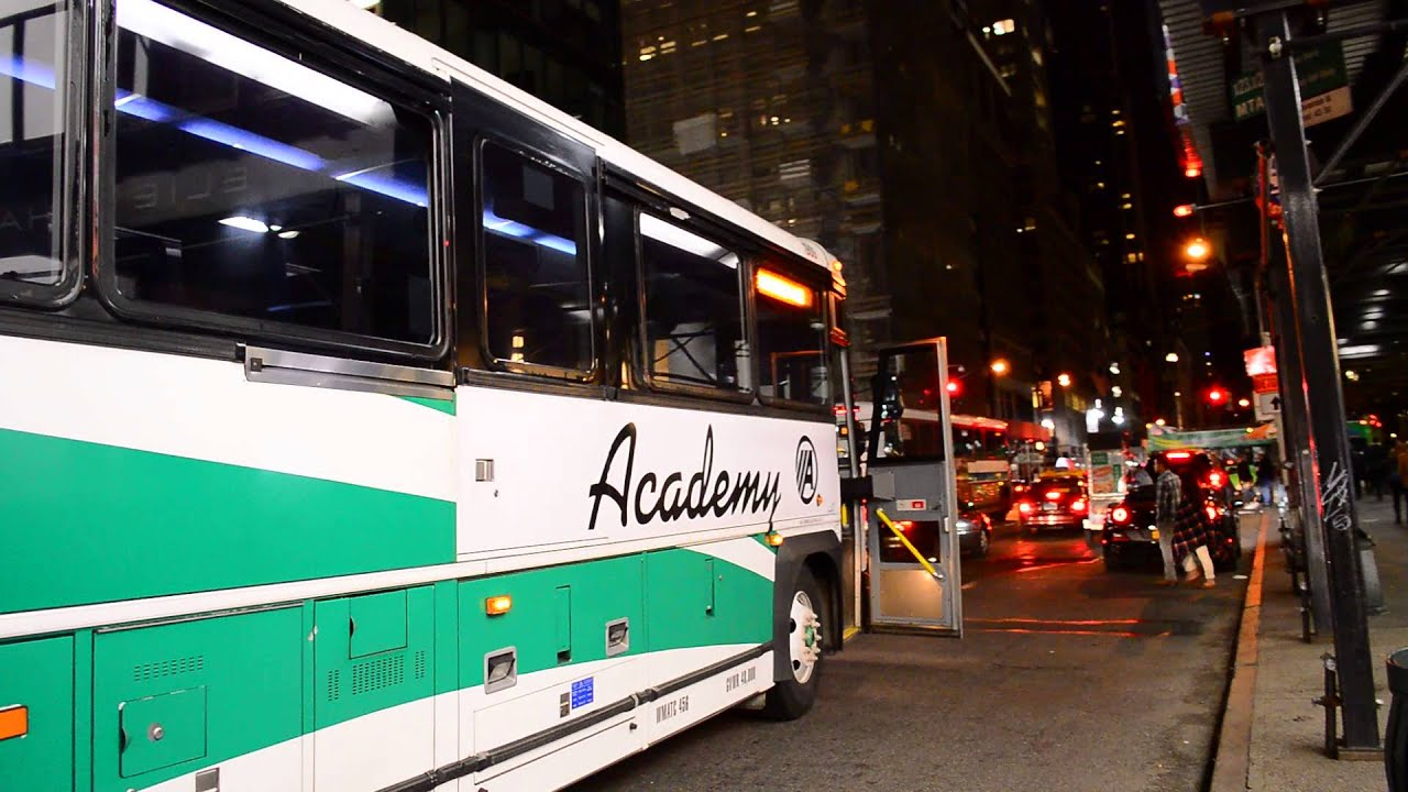 Ex Go Transit Academy Bus 2001 2002 Mci D4500 1909 On