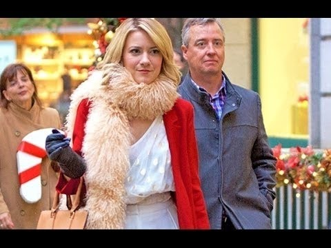 Lifetime Movie A Gift Wrapped Christmas 2016 - YouTube