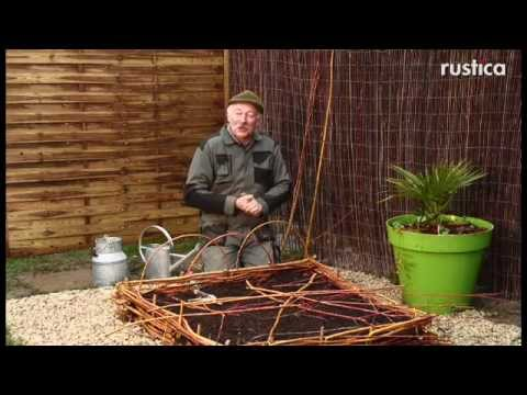 R aliser un carr potager en plessis d 39 osier youtube for Carre potager en osier