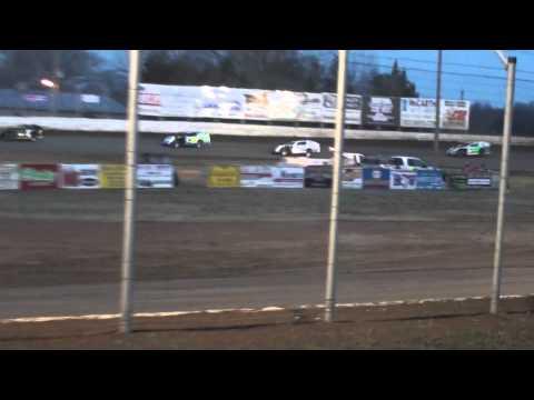 Humboldt Speedway - King of America Friday Heat Race