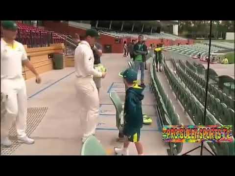 Archie Schiller joint with Australian cricket team