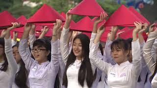 1000 Nữ sinh trong tà áo dài truyền thống