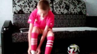 Как надеть гетры футбольные(, 2015-11-08T08:31:15.000Z)