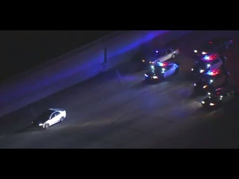 BREAKING NEWS  ABC 7 high speed Police chase southbound 101 Freeway 2/15/2018 Los Angeles HD7