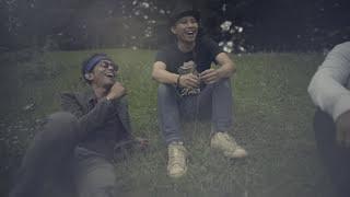 The Rain - Getir Menjadi Tawa Bila Kubersamanya (Official Video)