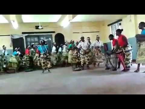 britain colonies Most talented sarah ikumu Kid-students singing in the World