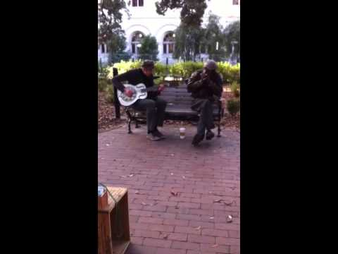 Savannah, GA Music on the Square