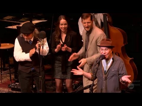 Paul Simon live at A Prairie Home Companion - Wristband (remastered audio)