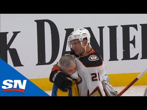 Can we curb the hate for Wilson (Fuck Tom Wilson) for a minute... and appreciate David Backes, and the tribute and respect the Blues showed him in what is possibly his last game.