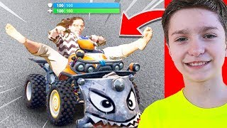 REACTING TO FUNNIEST FORTNITE MEMES EVER!
