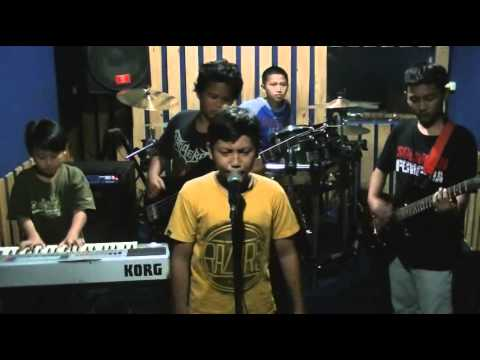 ELANG BAND - Bunda (studio version)