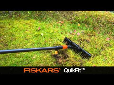 Fiskars QuikFit™ Aerator Rake (Single Edge) 135513