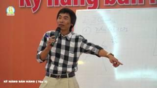 tiến sĩ Lê Thẩm Dương