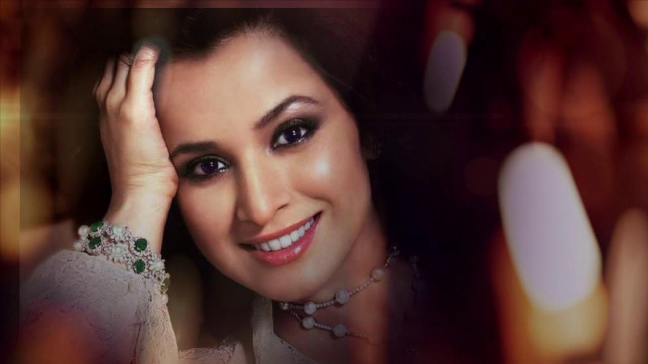 Francoise Yip,Madhabi Mukherjee Porno clips Aditi Sarangdhar,Barbara Britton