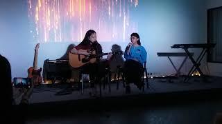 不为谁而作的歌 by Caitlyn Cheong & Lydia Neoh