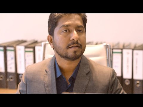 Jacobinte Swargarajyam l Nivin Pauly meeting Vineeth Sreenivasan l Mazhavil Manorama