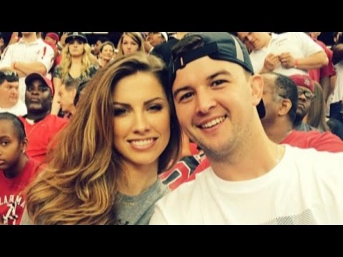 former miss alabama katherine webb is pregnant with her first *censored*!