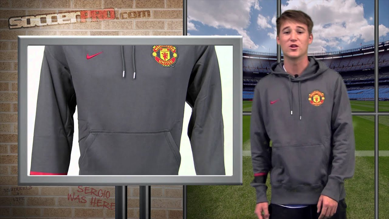 sports shoes 063e2 8a939 Manchester United Hoodie Video Review - SoccerPro.com