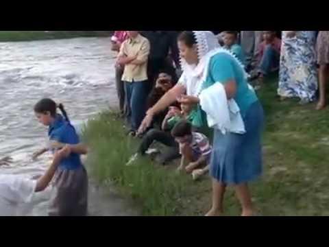 Resultado de imagem para foto de batismo ccb na fazenda no nordeste