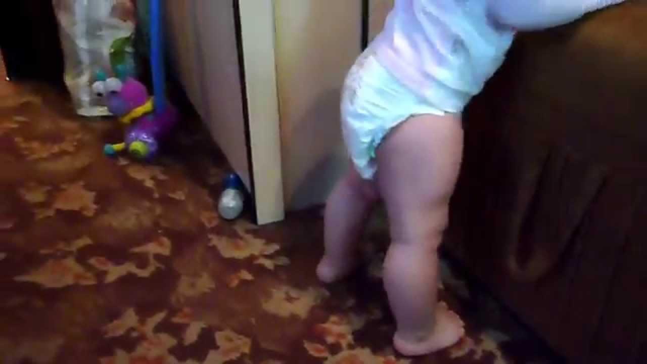 Стопа ребенка в один год фото