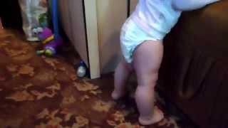 видео Колики у новорожденных  Чем помочь ребенку при коликах?