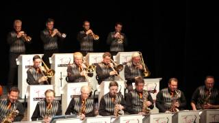 STRINGS OF PEARLS BIG BAND FRANCHEVILLE