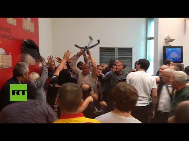 Edhe nje video tjeter nga Kuvendi i Shkupit