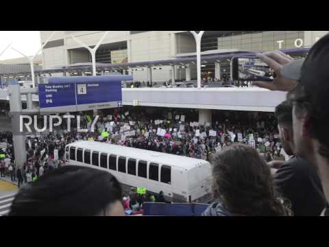 USA: Protesters demand end to Muslim travel ban at LAX