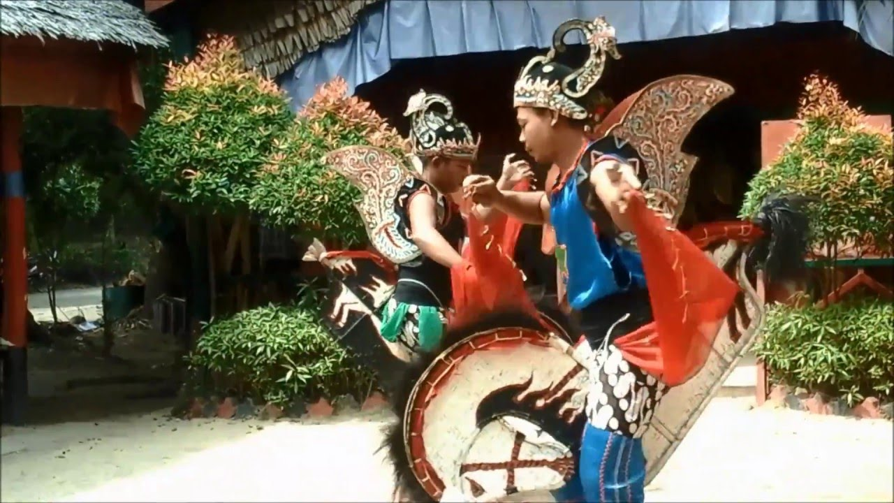 Indonesian Cultural Performance in Batam  YouTube