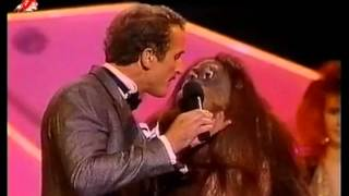 Орангутанги Бобби Берозини (Bobby Berosini's orangutan show)
