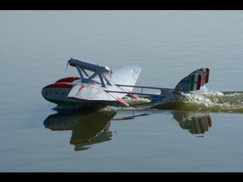 Savoia-Marchetti S.55x maiden flight