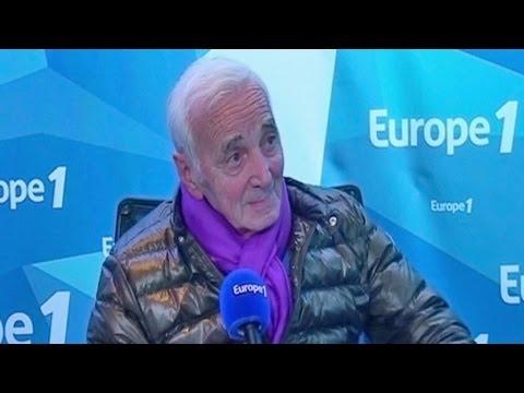 """Charles Aznavour : """"Je ne pense pas à la retraite,je la prends tous les jours"""""""