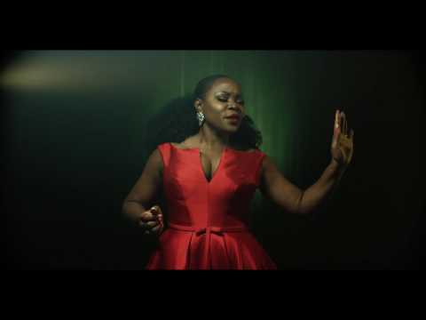 "VIDEO: Omawumi – ""Butterflies"""