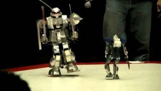 ロボット展 ザク対ガンダム.mp4