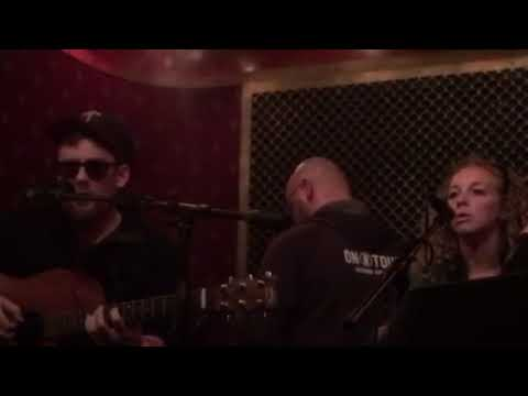 Collapsing Stars - Never Been in Love (Live at Pete's Candy Store Brooklyn, NY)