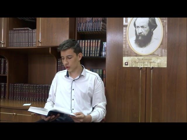 Изображение предпросмотра прочтения – МаксимАсмолов читает произведение «Матренин двор» А.И.Солженицына