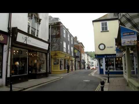 Walking around Dartmouth In Devon
