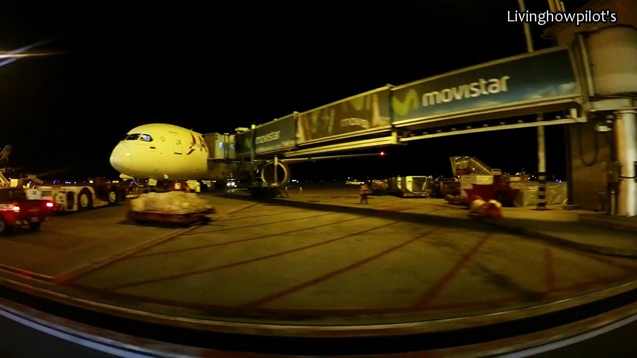 El dorado international airport terminal 1 skbo youtube for Puerta 6 aeropuerto el dorado